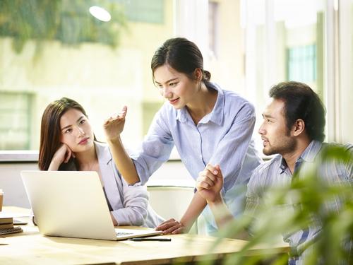 「P2P保険」の意味や関連する保険、どんな時に使われるかを徹底解説!