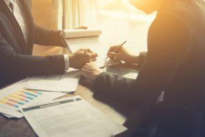 「保険業法」の意味や関連する保険、どんな時に使われるかを徹底解説!