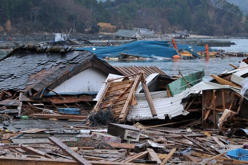 「水災」の意味や関連する保険、どんな時に使われるかを徹底解説!