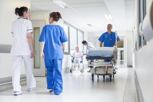 「入院給付金」の意味や関連する保険、どんな時に使われるかを徹底解説!