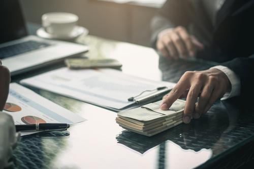 「一時所得」の意味や関連する保険、どんな時に使われるかを徹底解説!