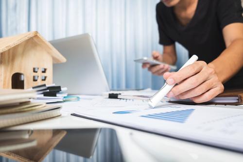 「アドフラウド保険」の意味や関連する保険、どんな時に使われるかを徹底解説!