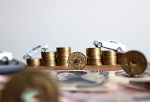 「ステップ払込」の意味や関連する保険、どんな時に使われるかを徹底解説!
