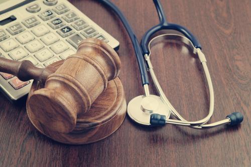 「告知義務違反」の意味や関連する保険、どんな時に使われるかを徹底解説!