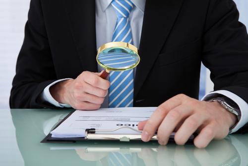 「保険金詐欺」の意味や関連する保険、どんな時に使われるかを徹底解説!