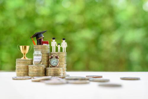 「学資保険」の意味や関連する保険、どんな時に使われるかを徹底解説!